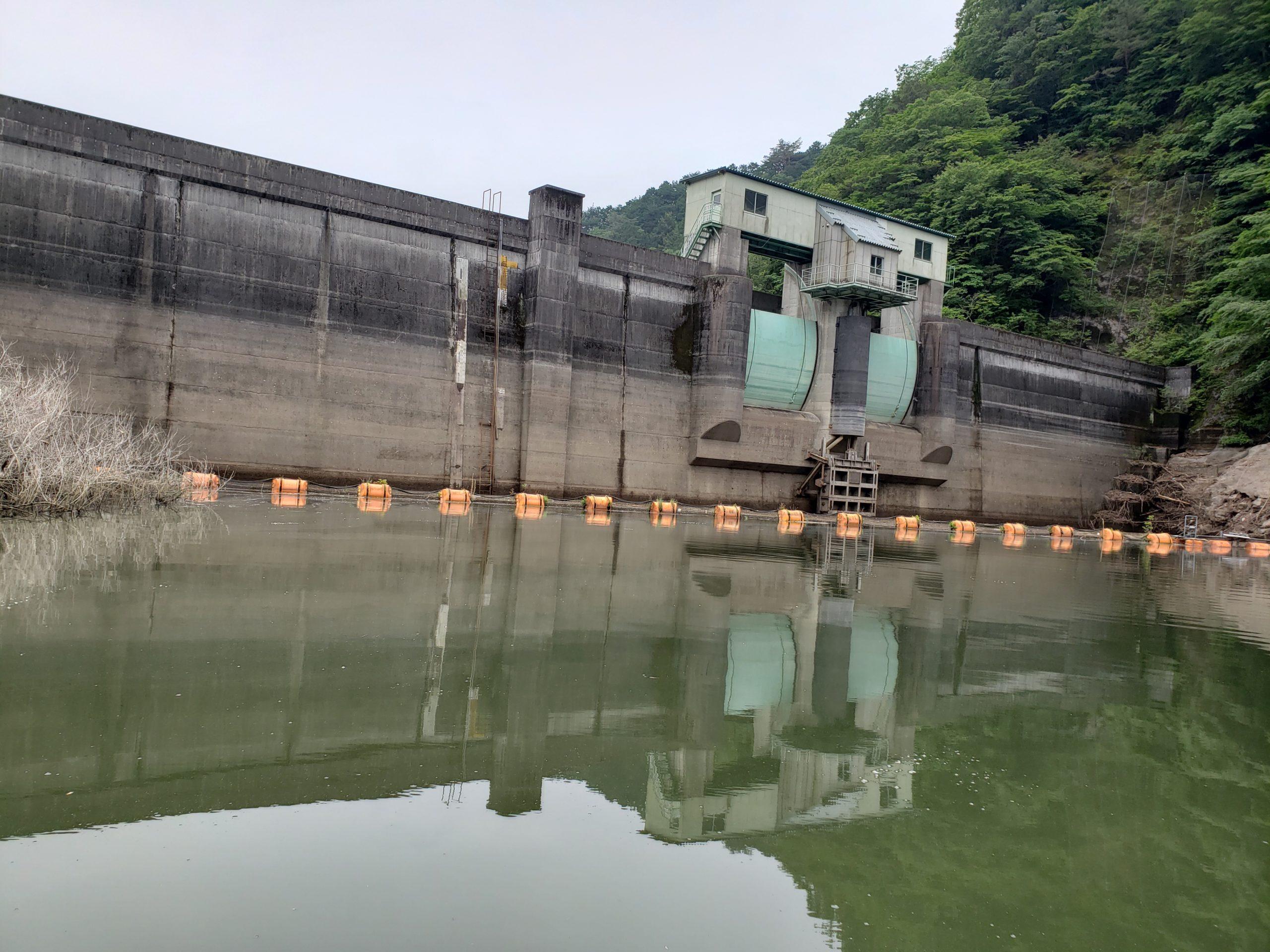 東古屋湖ダム